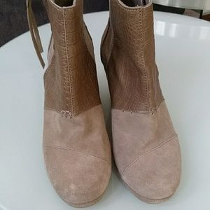 🌼Toms Wedge Ankle Boots🌼